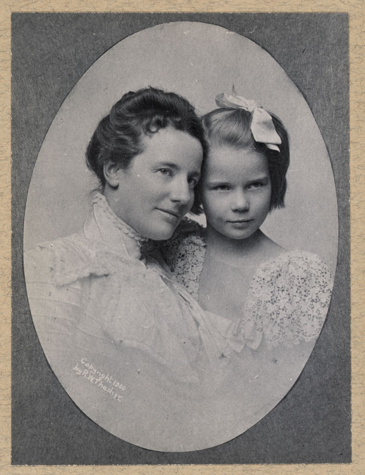 Ethel Roosevelt with her mother Edith in 1900. From the Roosevelt family albums, Library of Congress Prints and Photographs division.